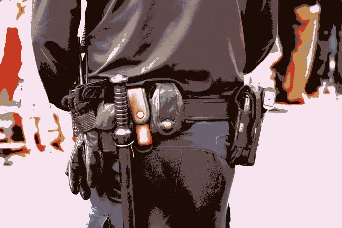 Policja Świdnica: Nielegalne automaty w rękach funkcjonariuszy